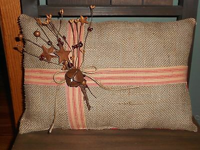 """Country Primitive Christmas Present Pillow  10 X 14"""""""