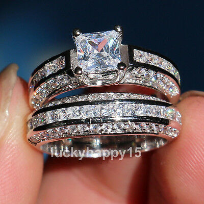 Elegant Womens 18K White Gold Princess Cut Swarovski Crystal Wedding Bridal Ring
