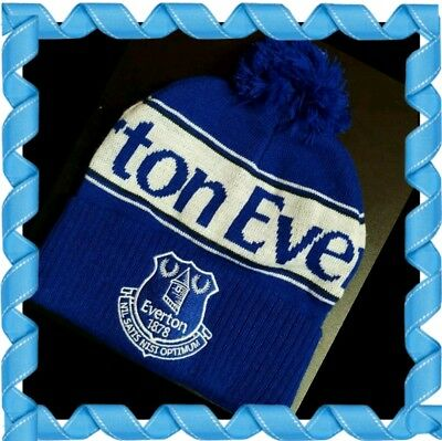 Everton Official Adults Retro bobble Hat Royal, White and Navy -Great Gift Idea!