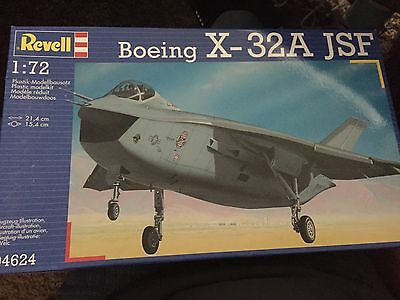 044624 Boeing X-32 JSF Plane Aircraft 1:72 Scale Model Plane - NEW