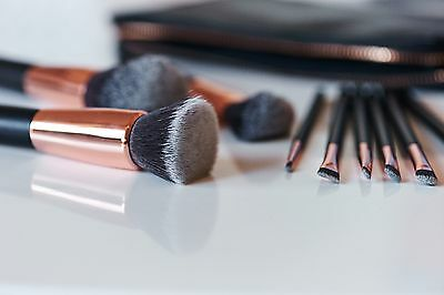 Casper & Lewis - Rose Gold Makeup Brushes - Complete Set with Clutch Pouch
