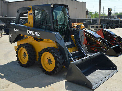 Refurbished - Deere 326D Skid Steer Loader (Sn. 0201712)