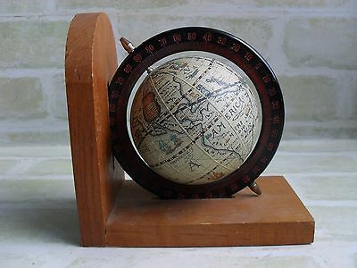 Wooden Base - Vintage Style - Desktop Mini Rotating Earth / Globe
