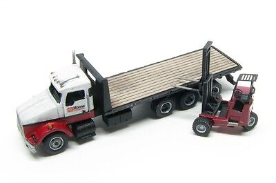 N Scale KW Class Freight Delivery 24 Ft.Deck Truck with Donkey Forklift Kit (84)