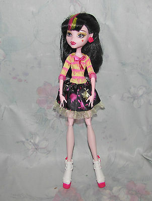Monster High Draculaura Loose Doll - Art Class - Outfit/Dress, Shoes Loose