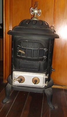 Fortune Atlanta Stove Works Cast Iron Pot Belly Stove, Vintage