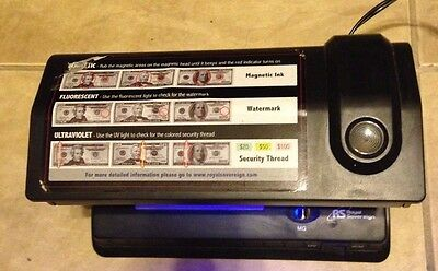 Royal Sovereign RCD-3 Counterfeit Bill Detector Ultraviolet Magnetic Watermark