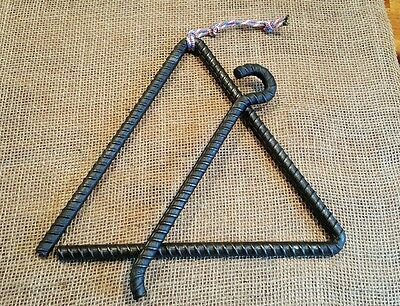 Triangle Dinner Bell Western Farm Cowboy Ranch Rustic Old Iron Rebar Blacksmith