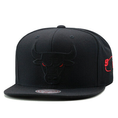 Mitchell   Ness Chicago Bulls Snapback Hat Black Red Eye CANVAS jordan 11 72 305ae8117963