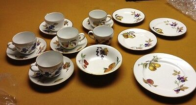Royal Worcester Evesham Salad Plate 6 Cups and Saucers, Bowl. Nice China