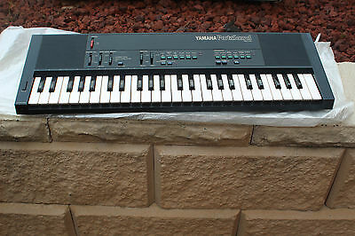 Vintage Yamaha Portasound PSS-450 as new  Condition