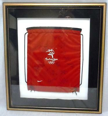 2000 Olympics U.S. Women's Basketball Team Bag Signed by All Players & Coaches