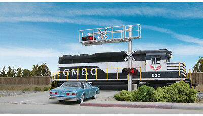 Walthers SceneMaster HO Scale Modern Cantilever Grade Crossing Signal 1-Lane