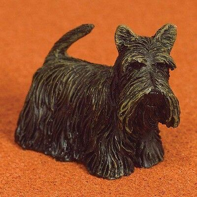Dolls House Miniatures 1/12th Scale Sammie the Scottie Dog 2596 New