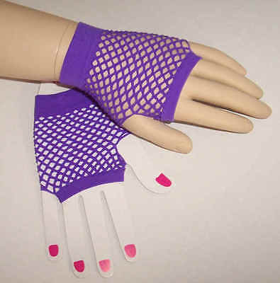 Fishnet mesh fingerless gloves 1980s retro 80s Purple short wrist ladies