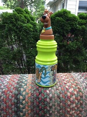 SCOOBY DOO WATER BOTTLE (green)