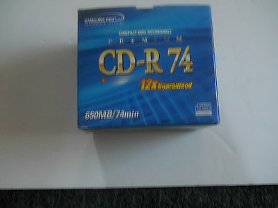 Samsung compact disc recordable (CD-R 74S) SILVER (12X) GUARANTEED) 9 pack