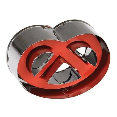 dotcomgiftshop PRETZEL SHAPE BISCUIT CUTTER WITH EJECTOR