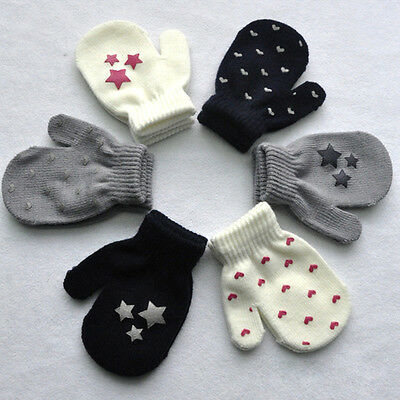 Kids Dot Star Heart Pattern Mittens Boys Girls Soft Knitting Warm Gloves Fashion