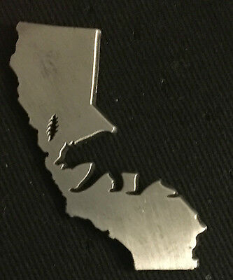 Grateful Dead-California Dead Silver Variant Pin limited edition Sold out