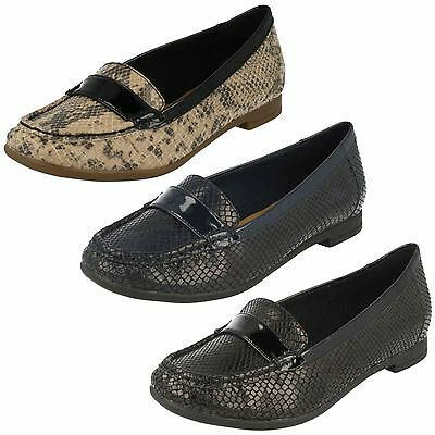 717b9d81469b84 SALE Ladies Clarks snake print synthetic slip on shoe Atomic Lady D fitting