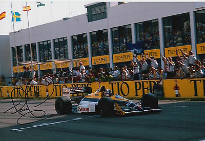 Nigel Mansell Hand Signed Williams 12x8 Photo F1.
