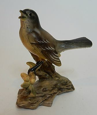 Vintage Inarco Bisque China Bird Figurine Robin E-738 Made in Japan Great Cond T