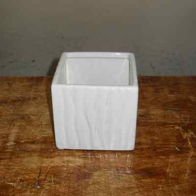 New White Ceramic Vase Square Home Decor Pot 13033-02