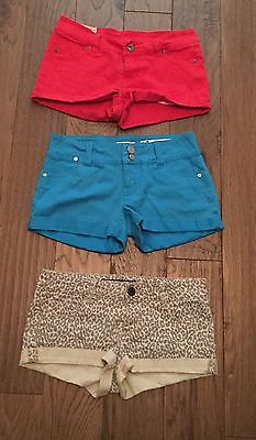 Pre-Owned Lot Of (3) Assorted Denim Juniors Short/Shorts Size 3 Good Condition
