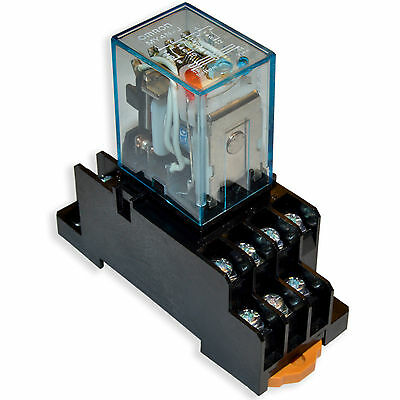 (1 PC) NEW Omron MY4N-J 220~240V/AC Coil Cube Relays With PYF14A Socket Base