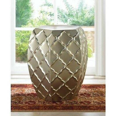 Chic Side Table Stool Indoor/Outdoor Metal Table