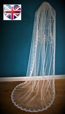 Wedding Veil *Cathedral Length*1 Tier*Off white/ Ivory*Wide Lace*