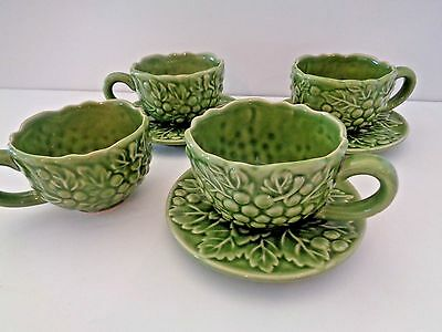Green  Berries & Leaves Design 4 Tea Cups and 3 Saucers