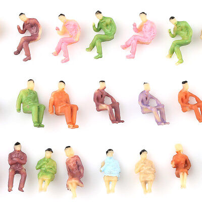 100 pcs Model Sitting People Passengers Figures Train Railway Diorama Z Scale 1: