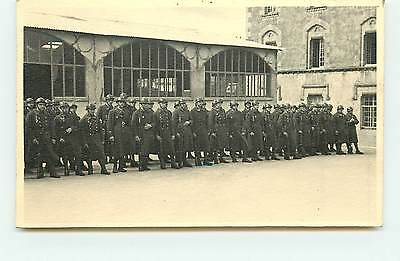 Photo de groupe de militaires