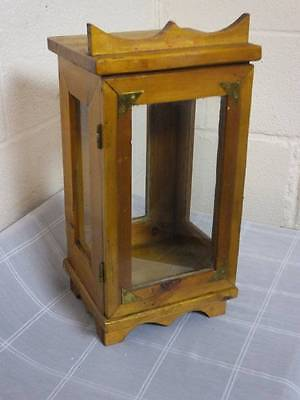1960's SMALL PINE DISPLAY BOX / CABINET. PROBABLY FOR A SCHOOL APPERATUS