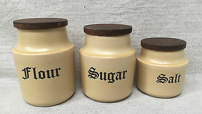 STUDIO ANNA FIANA VINTAGE YELLOW 3 SET CANISTERS CERAMIC w WOODEN LIDS Retro