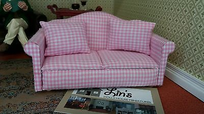 Dolls House Miniatures 1/12th Scale DF1162 Pink  & White Check Sofa New *