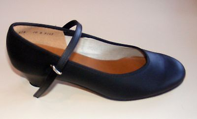 Angelo Luzio 975L Black Women's Size 10.5B Traditional Character Shoe
