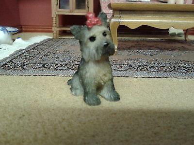 Dolls House Miniatures 1/12th Scale Resin Yorkshire Terrior Dog 5605
