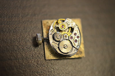 Watch movement ZENITH cal  1110 pour pièces / for parts - Ladies. - working !