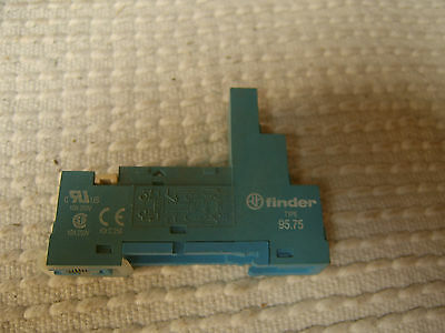 finder Relay Socket 95.75 For Use With 40.51, 40.52, 40.61, 44.52, 44.62