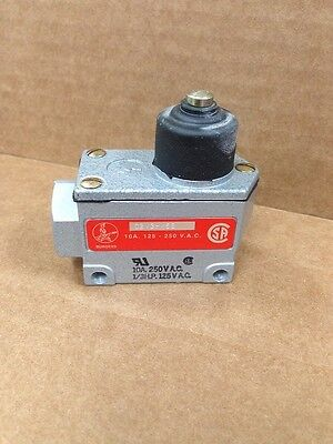 Burgess  Microswitch C2V3HM6S Push Top Limit Switch NEW