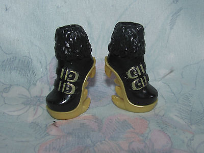 Monster High Clawdeen Sweet 1600 Black & Gold Boots/Shoes Only