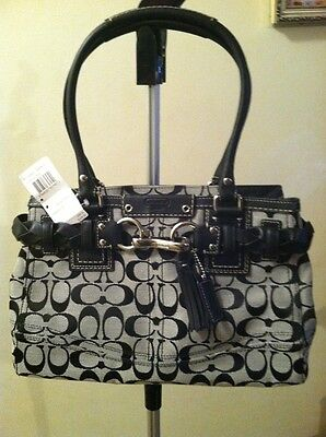 Coach purse,black/white,12 photos,New tag $348