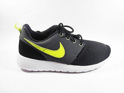 Womens Boys Nike Rosherun Roshe Run Flight Weight Trainers Grey Orange 705485002