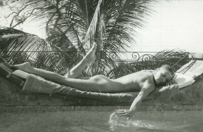 "JOAN COLLINS - 12"" x 8"" b/w Photograph On Holiday in Barbados Late 1970's  #1137"