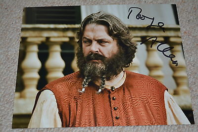 ROGER ALLAM signed Autogramm In Person 20x25 cm GAME OF THRONES Illyrio Mopatis