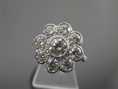 VINTAGE 18ct WHITE GOLD 2.3ct DIAMOND DAISY CLUSTER RING