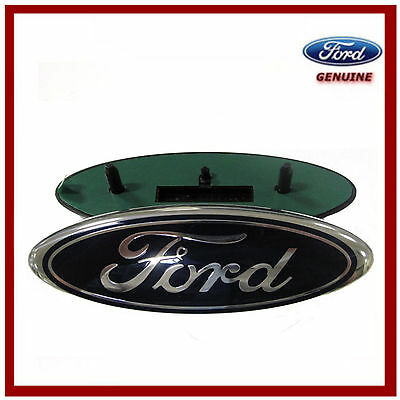 Genuine Ford C-Max 2007-2010 Rear Ford Oval Badge. New 1779943